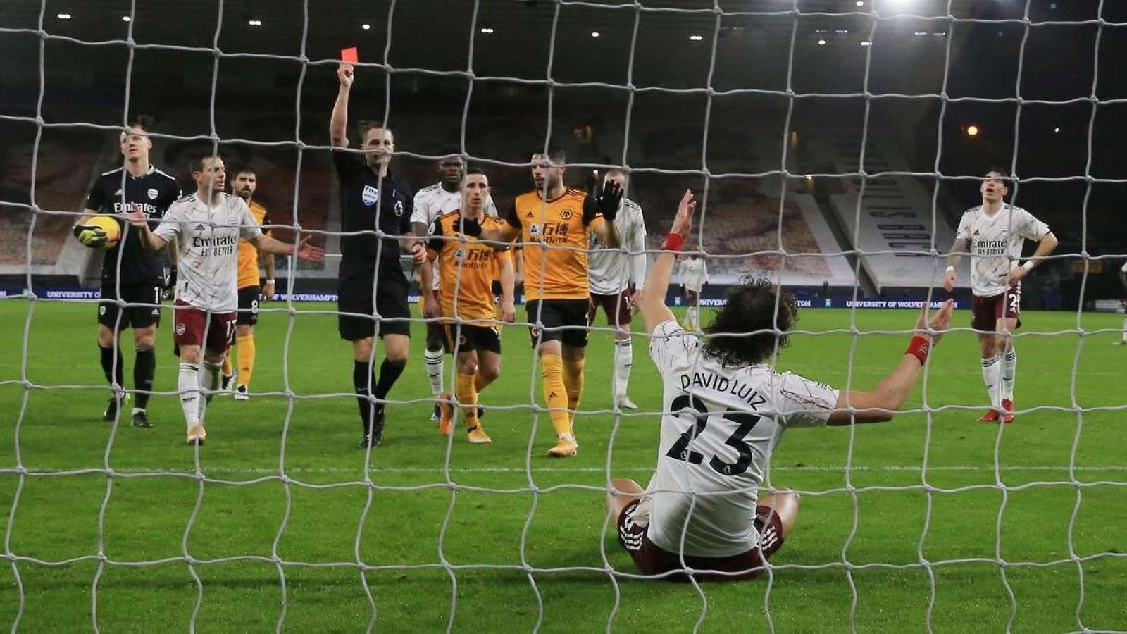 HLV Arteta bức xúc khi David Luiz bị thẻ đỏ trận Arsenal thua Wolves