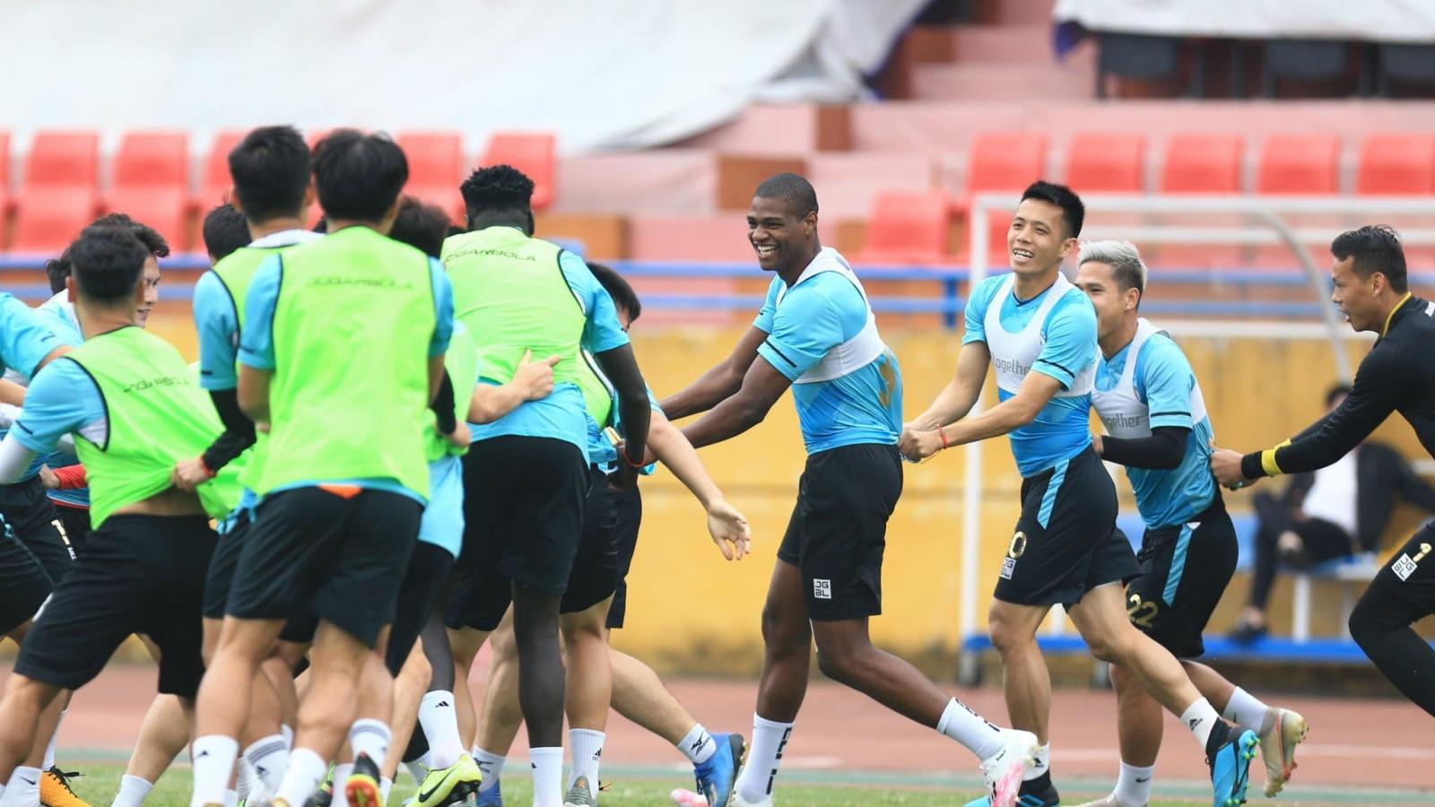 Dàn sao Hà Nội FC háo hức đón ngày V-League 2021 trở lại