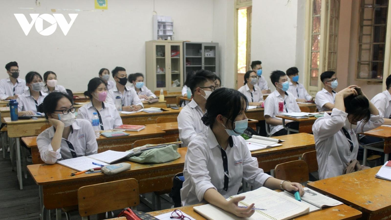 Điều tra văn bản giả mạo cho học sinh Quảng Nam nghỉ học thêm 1 tháng