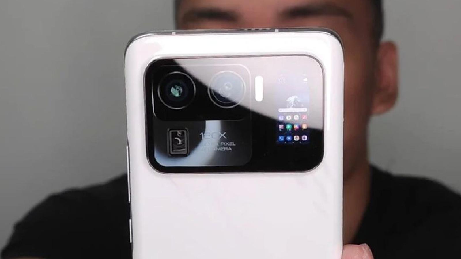 Chiếc điện thoại này của Xiaomi có thể khiến Samsung ăn ngủ không yên