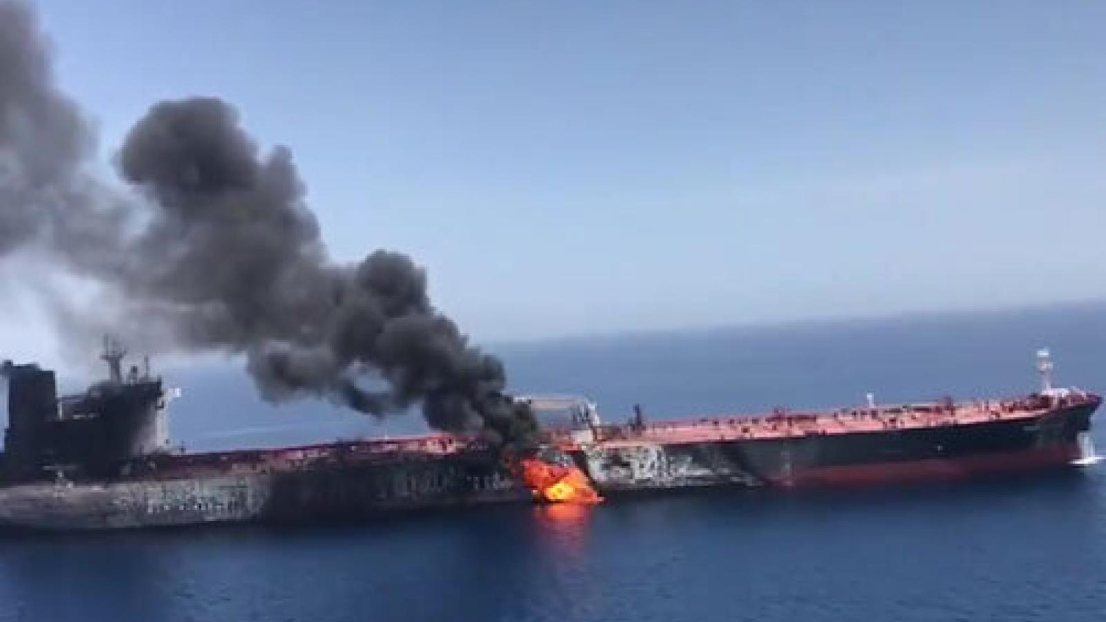 Bộ trưởng Quốc phòng Israel: Iran phải chịu trách nhiệm vụ nổ trên tàu ở vịnh Oman