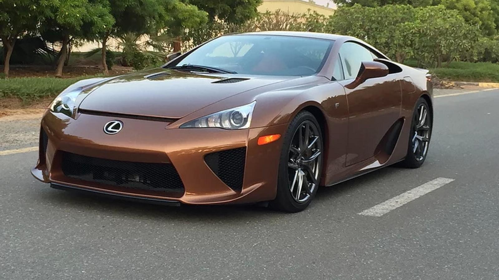 Sau 9 năm, Lexus LFA được rao bán với giá 15,6 tỷ đồng