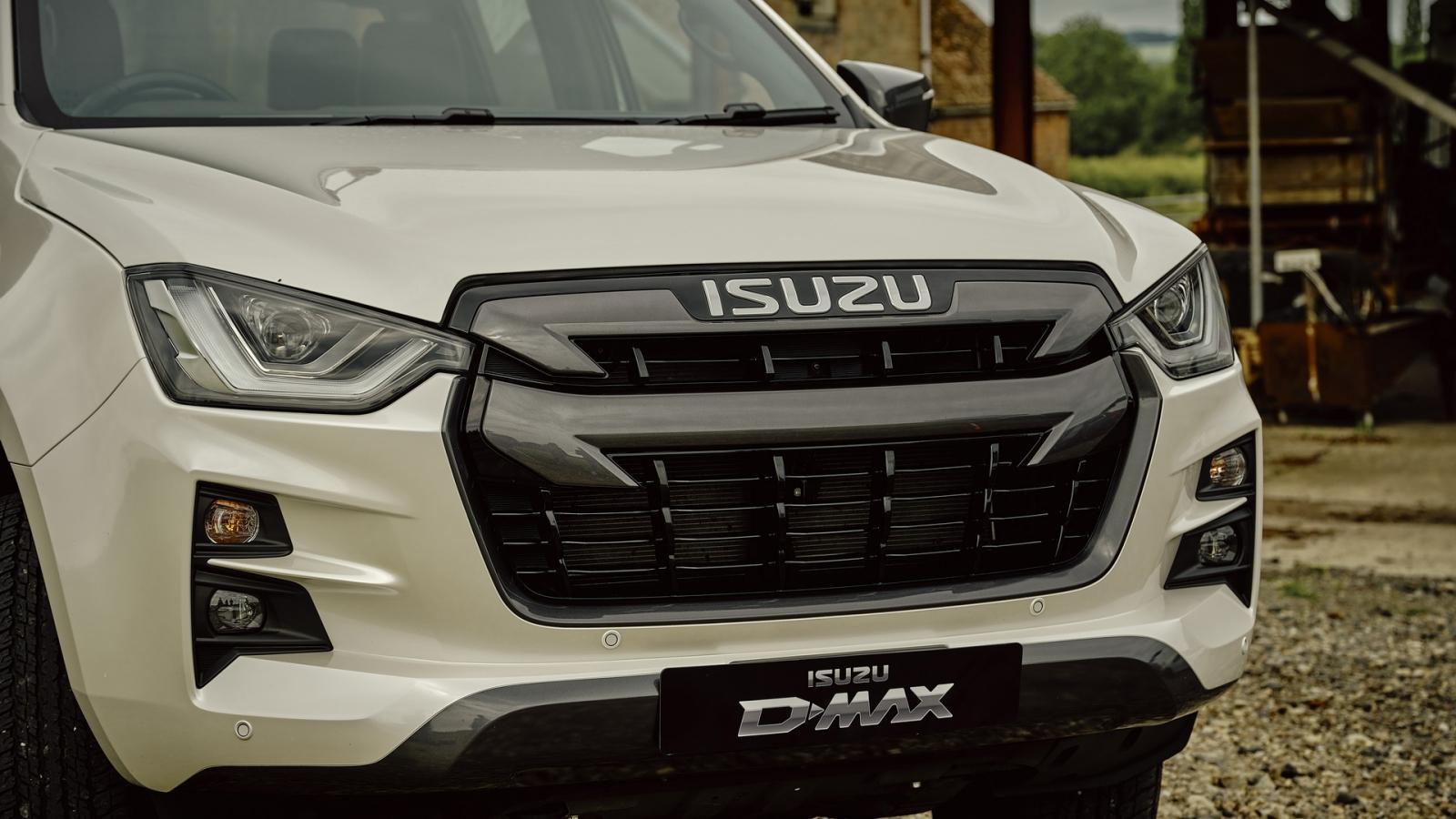 Bán tải Isuzu D-Max 2021 hoàn toàn mới chính thức ra mắt