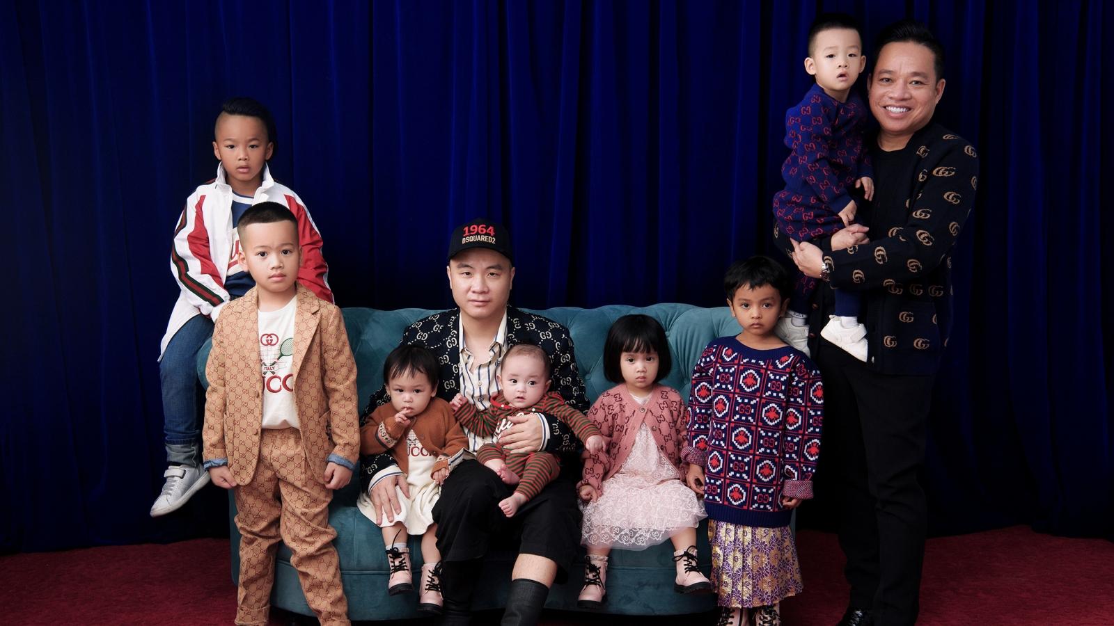 Gia đình NTK Đỗ Mạnh Cường diện hàng hiệu, chụp ảnh đầu năm mới