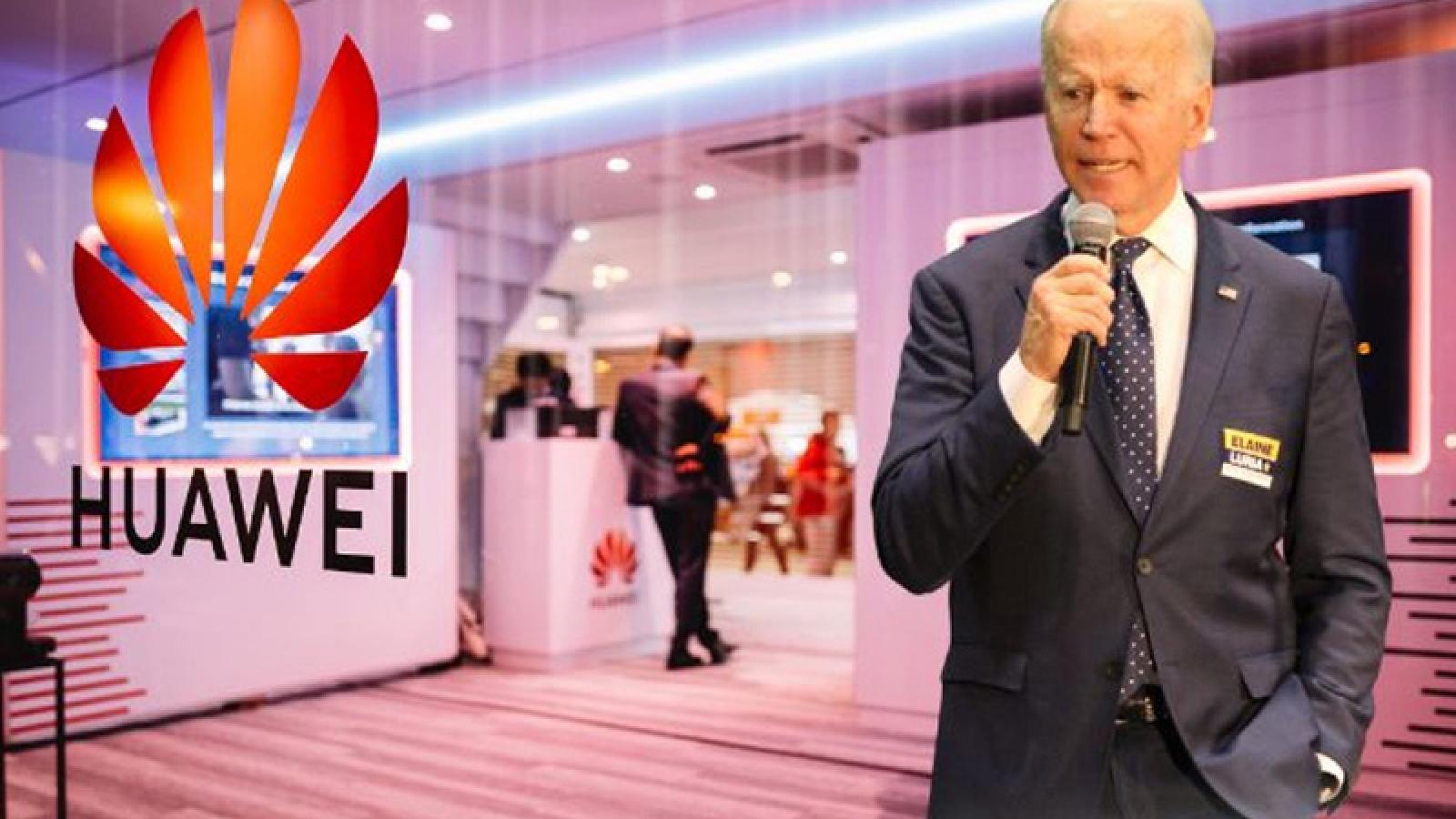 """Huawei vẫn """"khó thở"""" dưới thời chính quyền Joe Biden"""