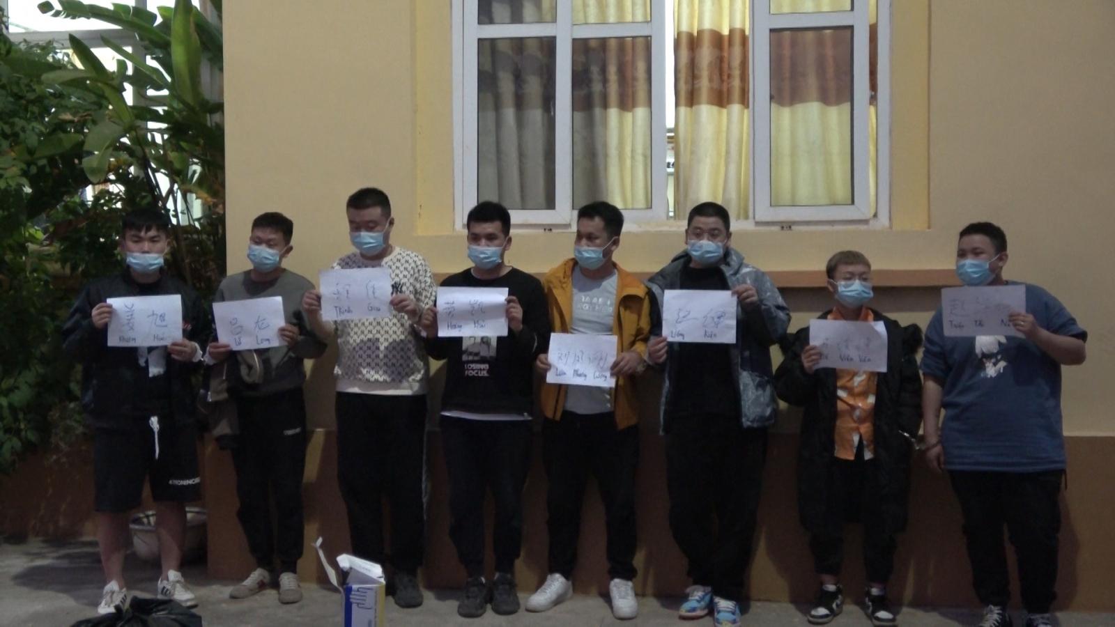 Cao Bằng phát hiện, bắt giữ 8 công dân Trung Quốc nhập cảnh trái phép
