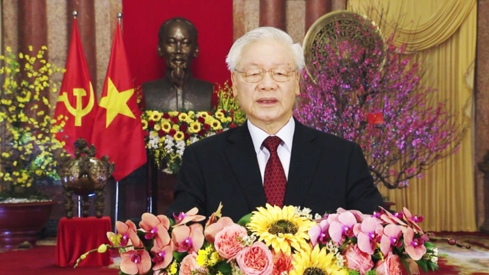 Top Vietnamese leader extends New Year greetings
