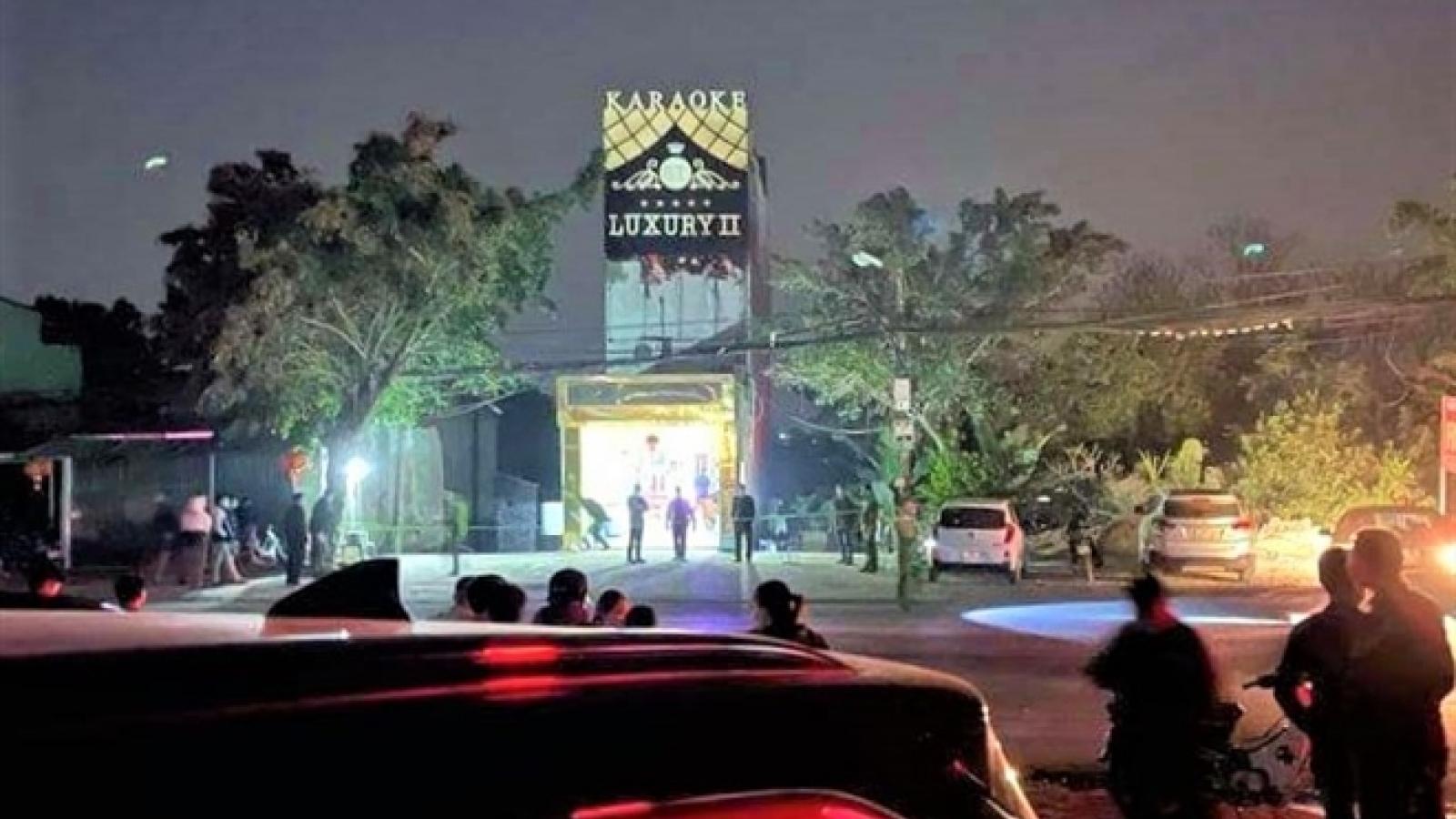 Danh tính kẻ đâm 3 người tử vong trong quán karaoke ở Hòa Bình