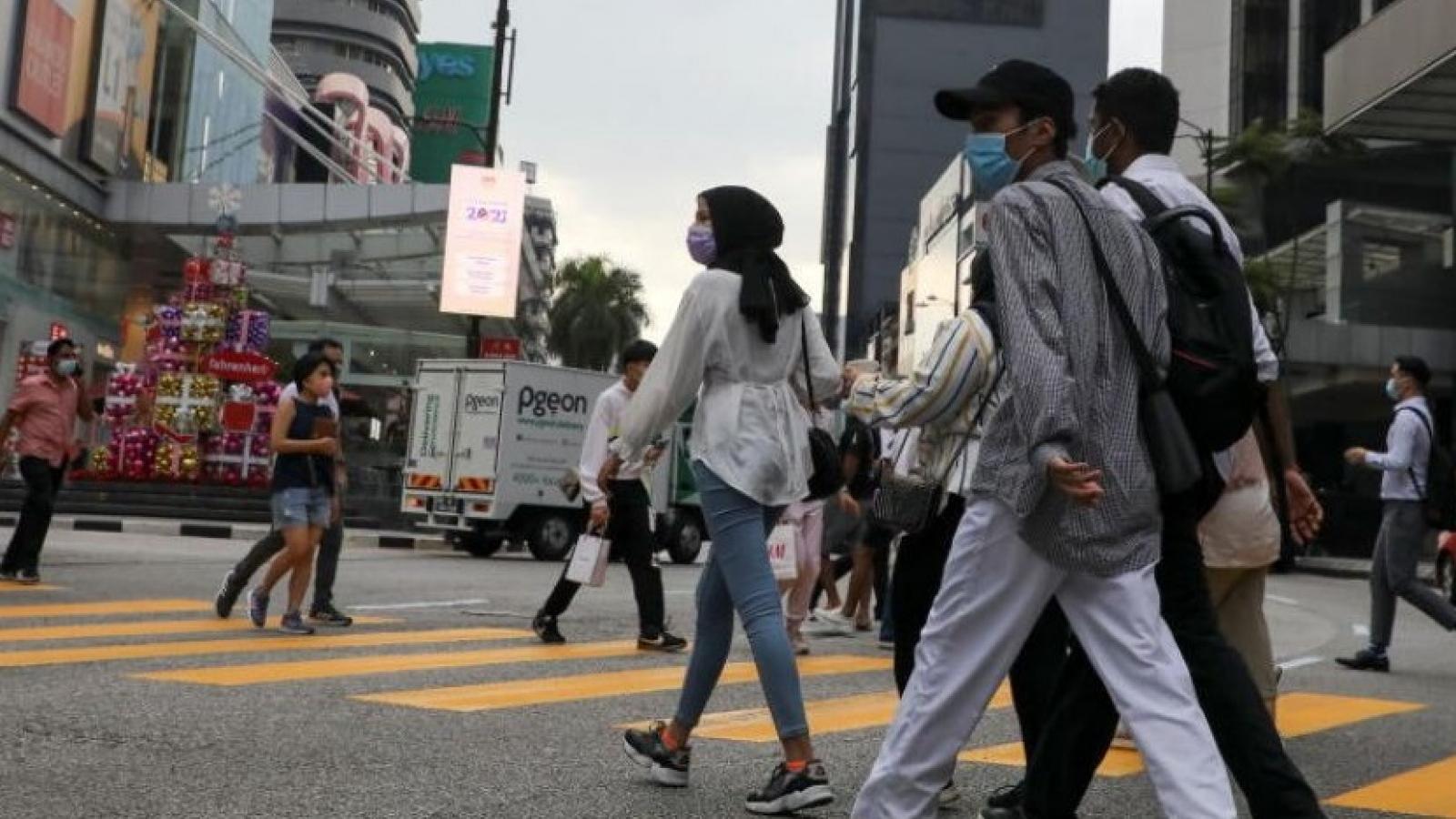 Malaysia nới lỏng giãn cách xã hội phòng Covid-19 nhân dịp Tết