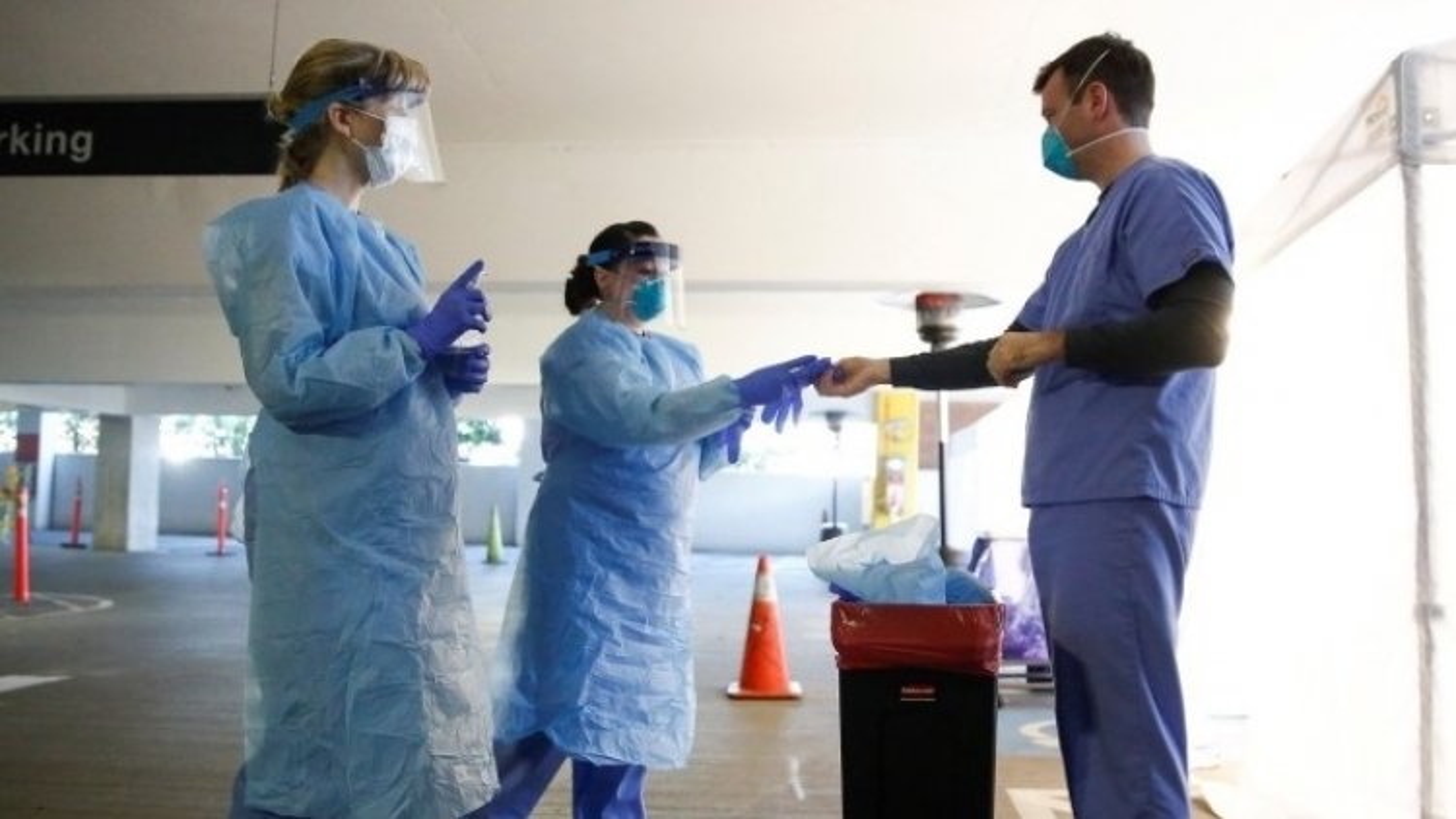 Mỹ huy động hơn 1.000 binh sĩ hỗ trợ chiến dịch tiêm chủng vaccine ngừa Covid-19