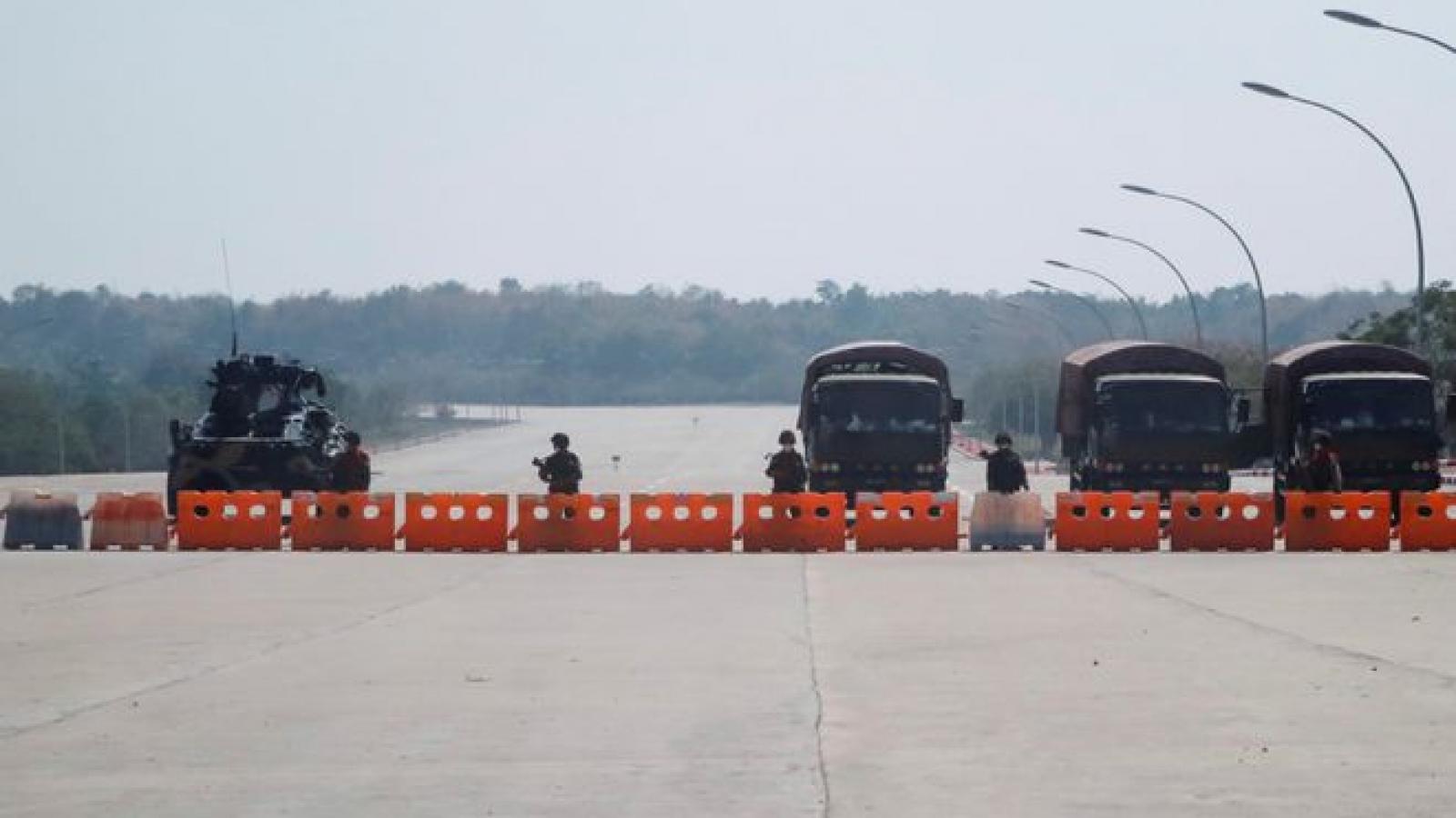 Quân đội Myanmar bổ nhiệm nhiều vị trí trong nội các sau đảo chính