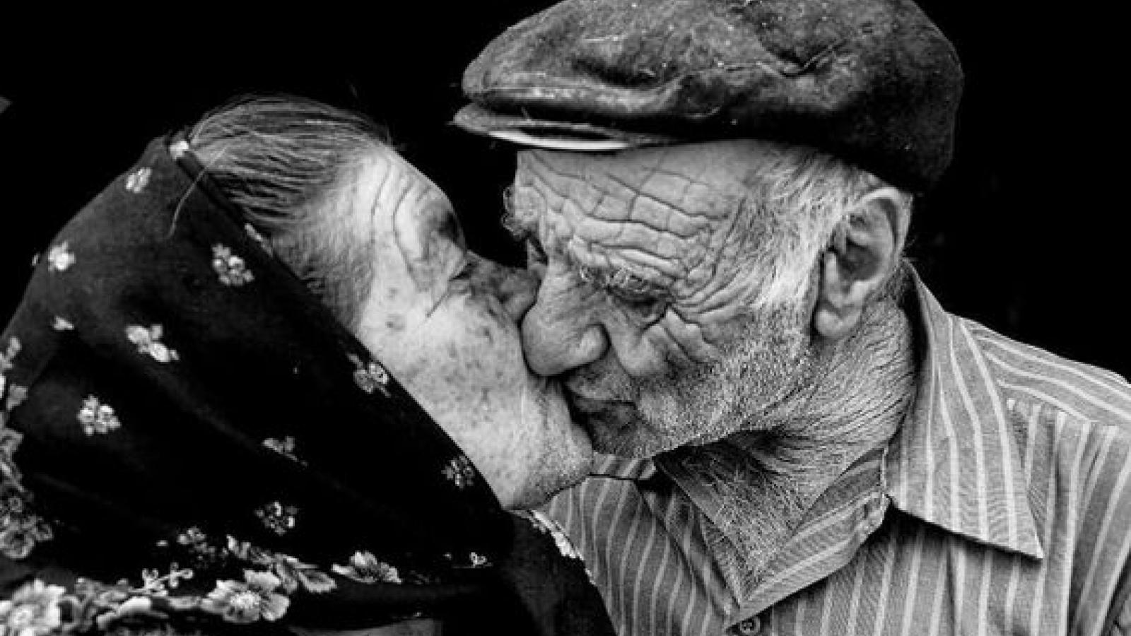 10 dấu hiệu cho thấy bạn đã tìm được một nửa sẵn sàng già đi cùng bạn