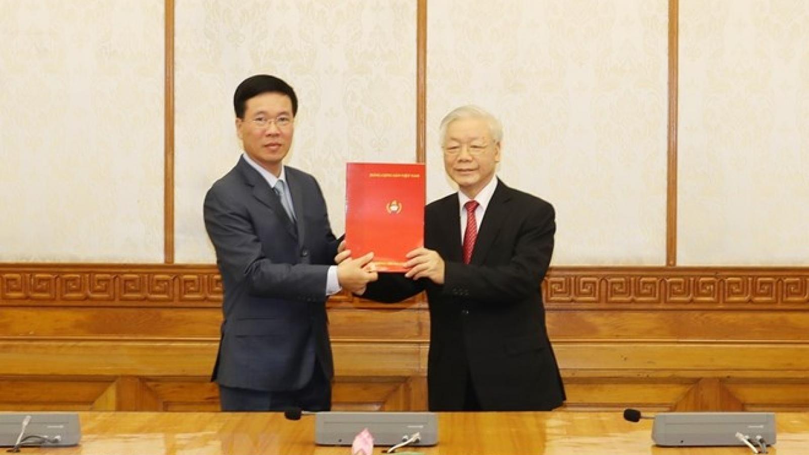 Bộ Chính trị phân công ông Võ Văn Thưởng giữ chức Thường trực Ban Bí thư