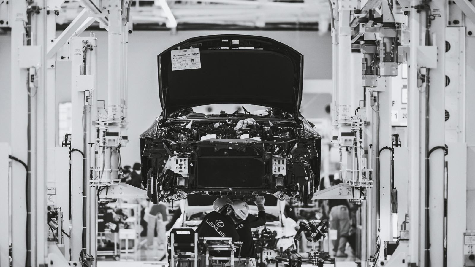 Toyota đóng cửa 9 nhà máy do hậu quả của động đất
