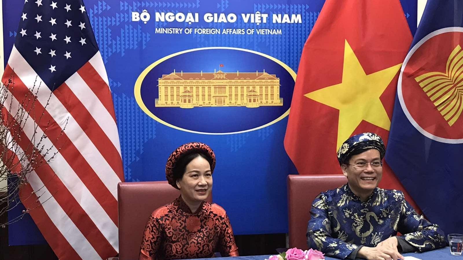 Cộng đồng người Việt cùng bạn bè Mỹ và quốc tế vui đón xuân TânSửu 2021