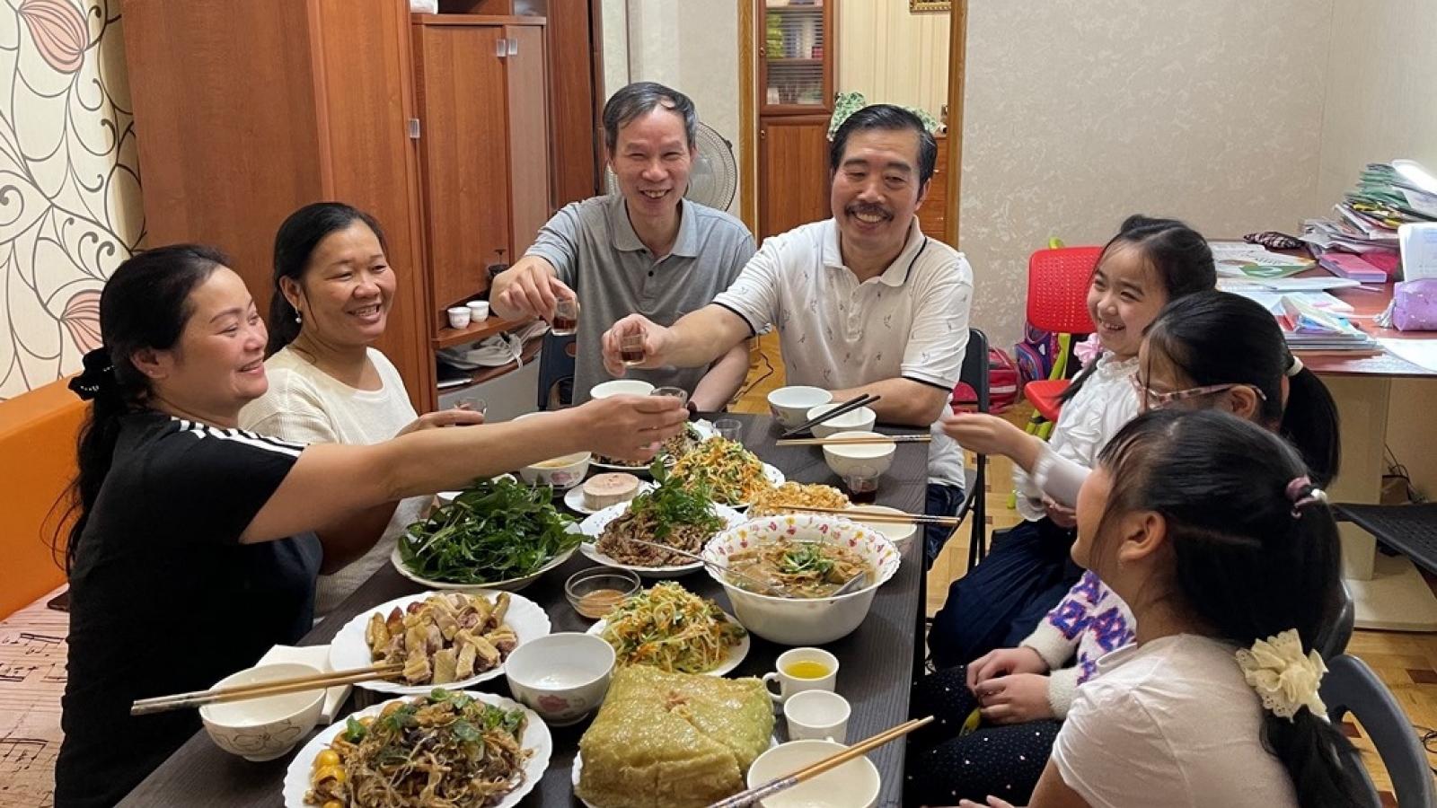 Xúc động cộng đồng người Việt tại Nga đón xuân Tân Sửu giữa mùa Covid-19