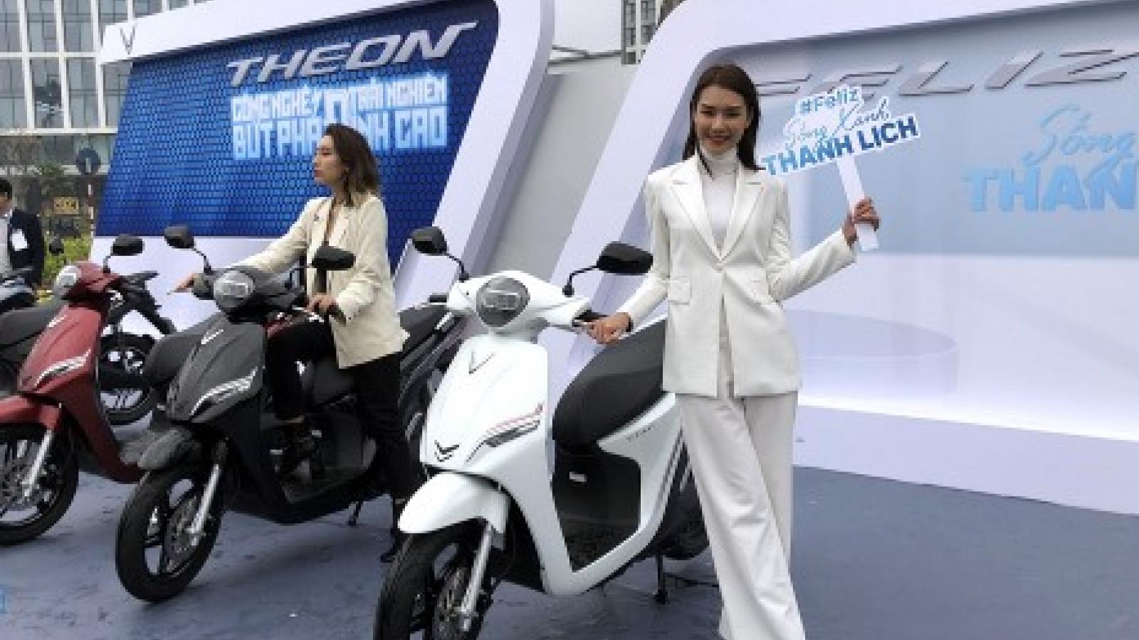 Feliz và Theon - bộ đôi xe máy điện đáng mua nhất năm