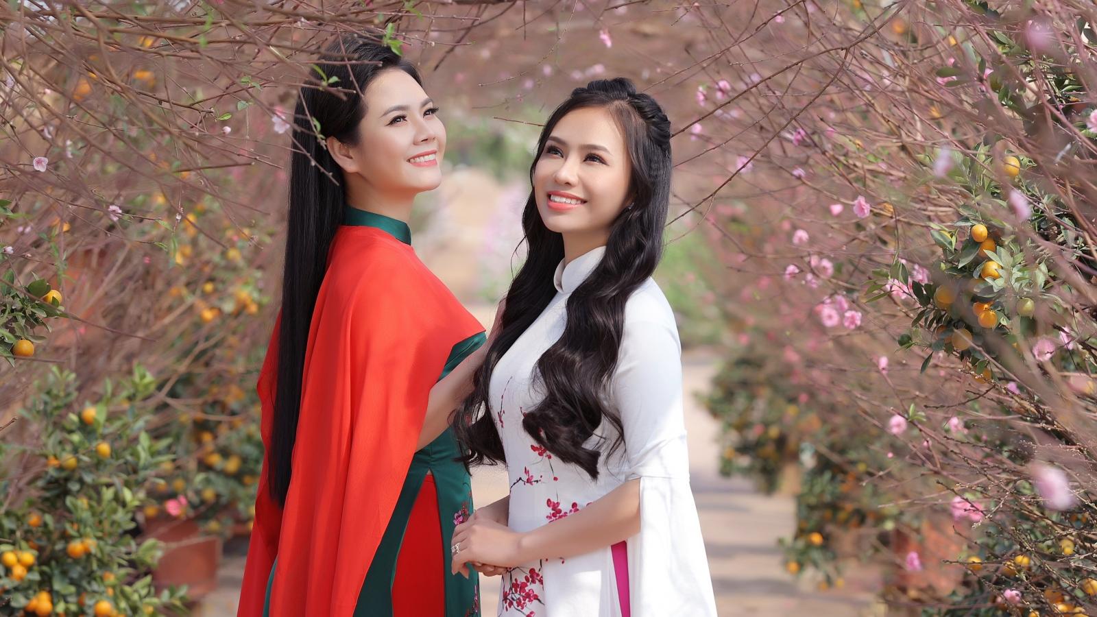 Chị em Sao Mai Lương Nguyệt Anh chia sẻ chuyện đón Tết khi bị huỷ show vì Covid-19