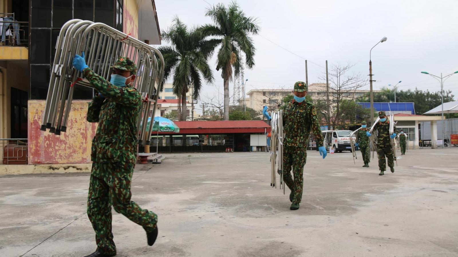 Bệnh viện Bạch Mai chi viện thêm 300 giường bệnh cho Bệnh viện Dã chiến số 2 Hải Dương