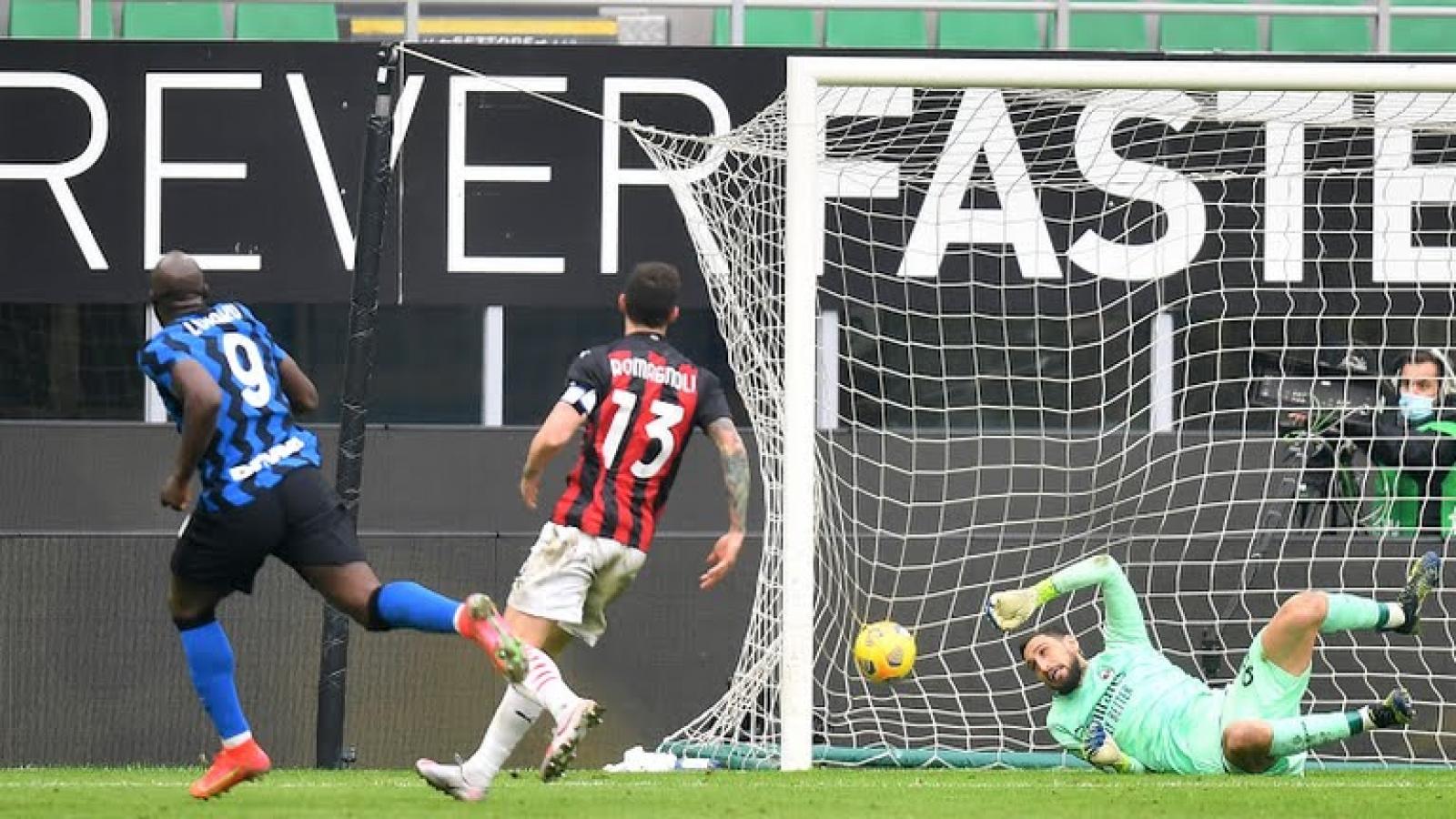 """Lukaku và Martinez """"bắn hạ"""" AC Milan, Inter Milan củng cố ngôi đầu Serie A"""