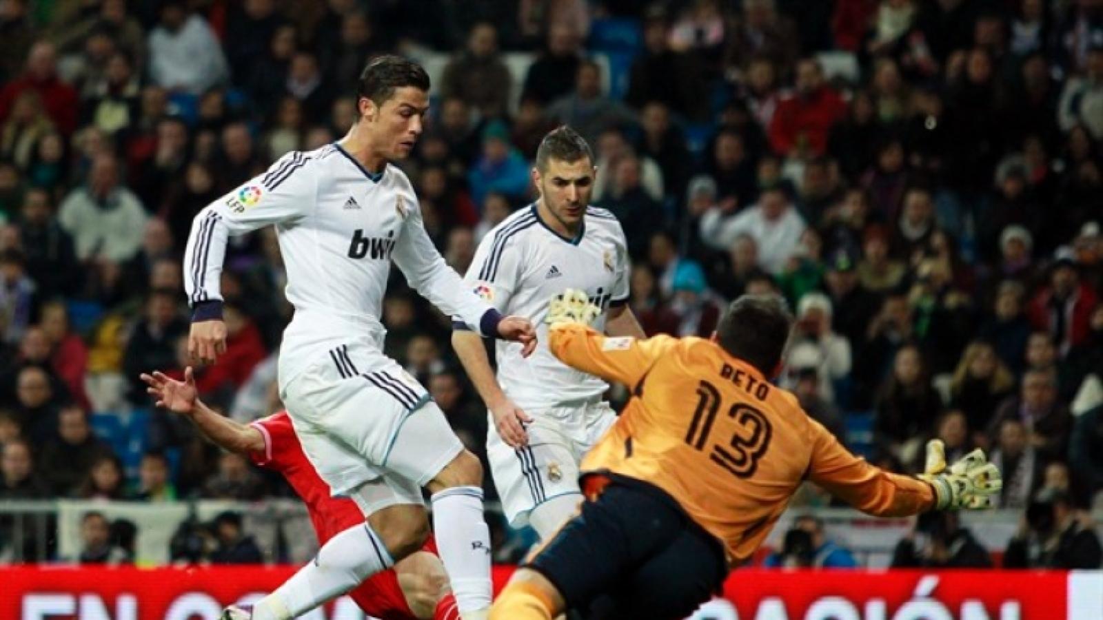 Ngày này năm xưa: Ronaldo thiết lập cột mốc đặc biệt ở Real Madrid