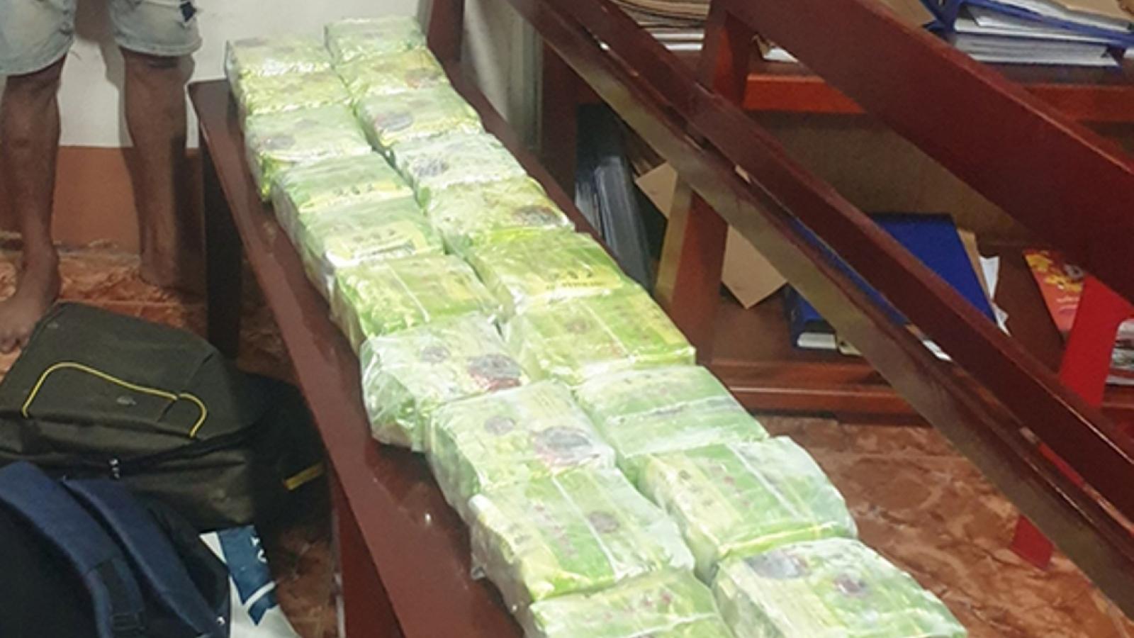 Bắt 7 đối tượng trong đường dây ma túy liên quốc gia