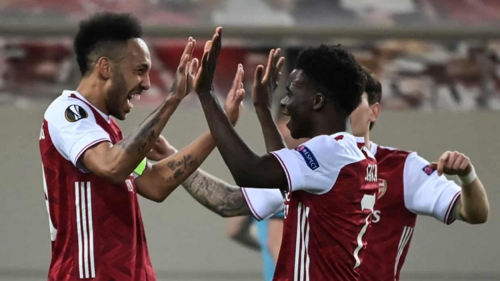 Europa League: Arsenal thắng kịch tính, MU hòa nhạt, Leicester thua sốc