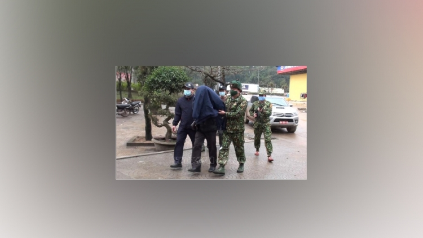 Khống chế đối tượng người Lào mang ma túy vào Việt Nam