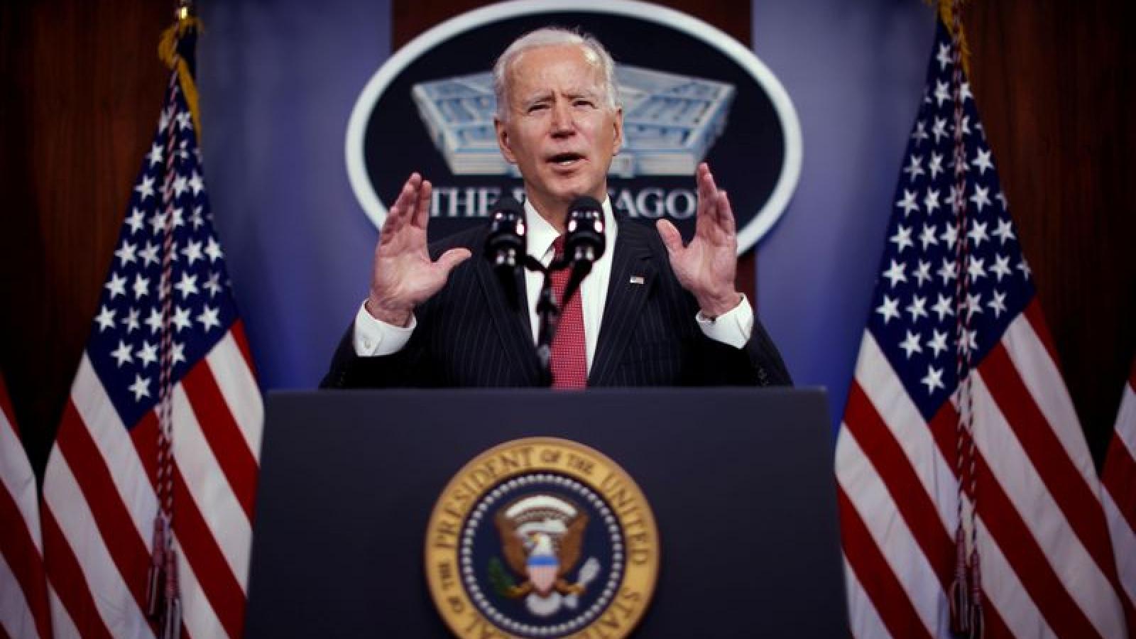 """Tổng thống Biden tuyên bố cam kết của Mỹ với NATO là """"không thể lay chuyển"""""""