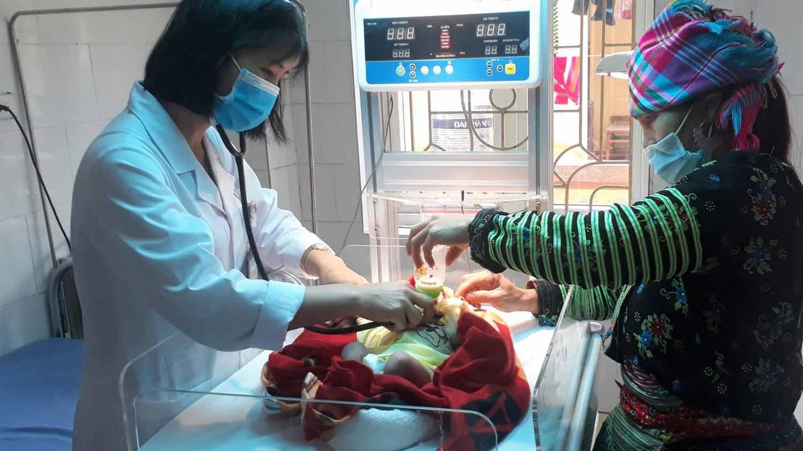 Bệnh viện Sản- Nhi Yên Bái cứu thành công bệnh nhi sơ sinh nguy kịch