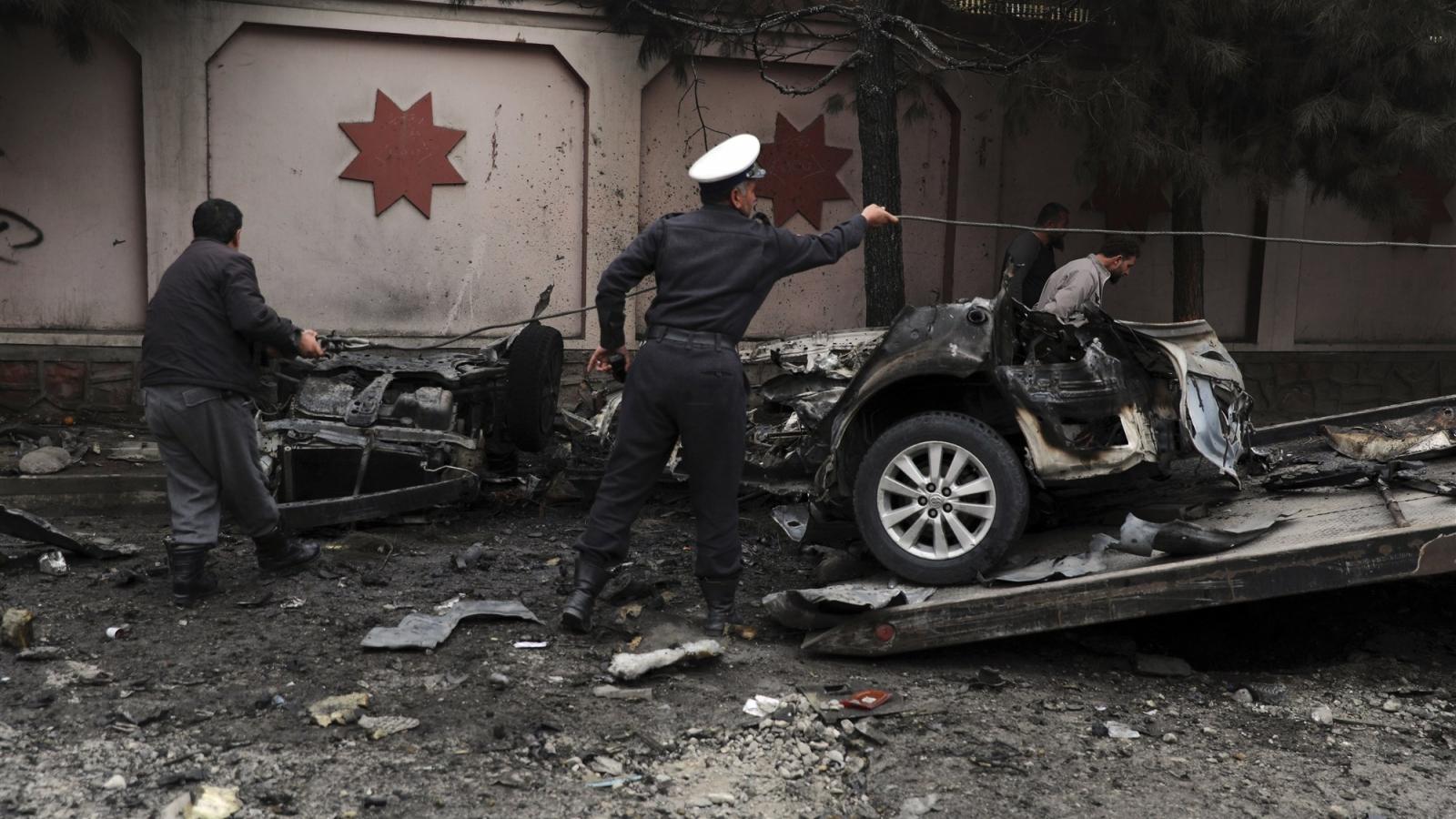 Đánh bom nhằm vào cảnh sát ở Afghanistan khiến 16 người thương vong