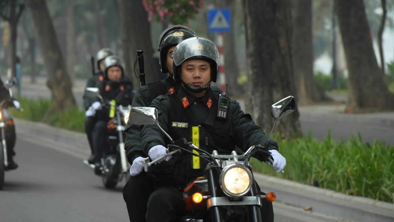 Công an Hà Nội tăng cường đảm bảo ANTT để người dân yên tâm đónTết