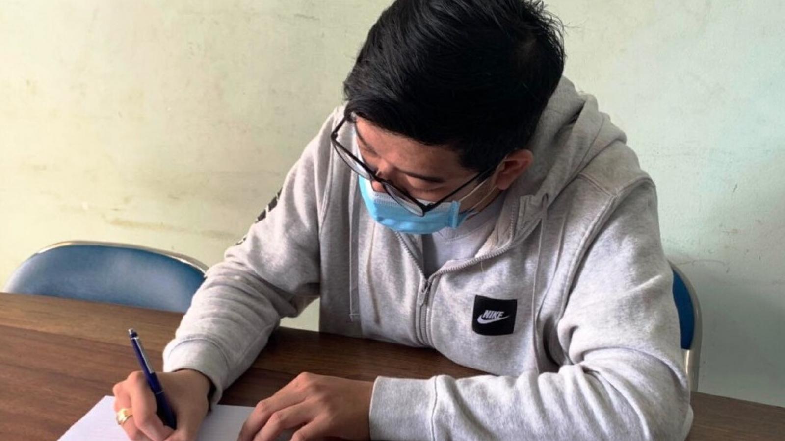 """Công an làm việc với người đưa tin """"8 người bị nhiễm trong Đại học Thủ Dầu Một"""""""