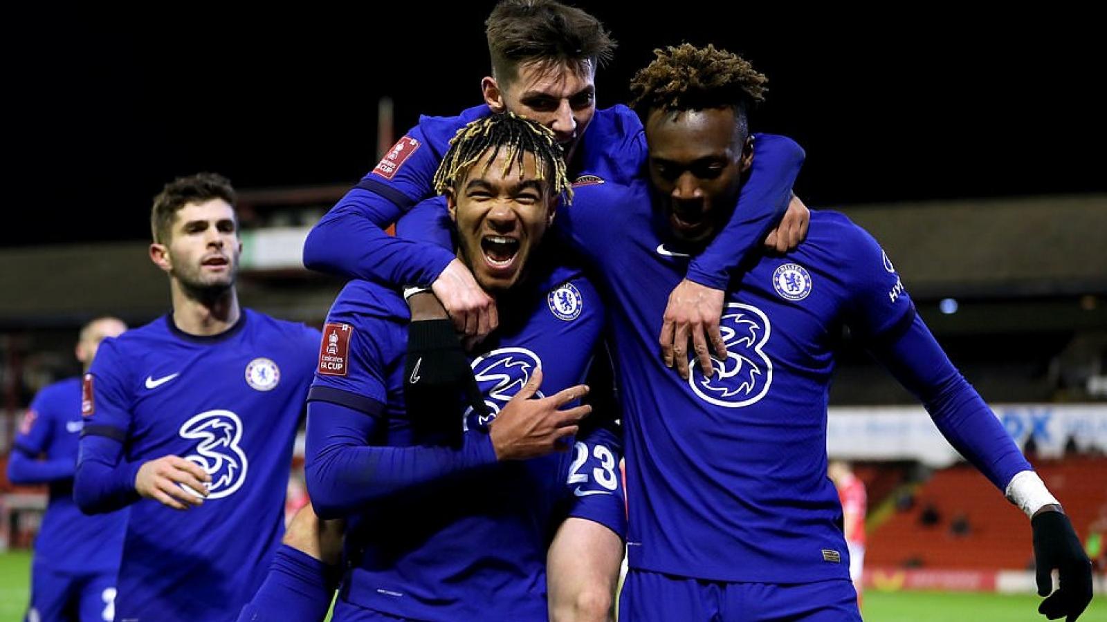 Tammy Abraham tỏa sáng, Chelsea vào tứ kết FA Cup