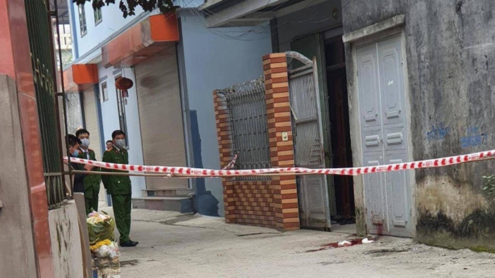 Nóng 24h: Điều tra nghi án chồng sát hại vợ ở Hà Nội