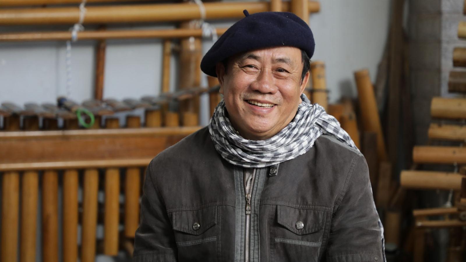 Khám phá cây violin tre độc nhất của giảng viên âm nhạc về hưu ở Tây Nguyên