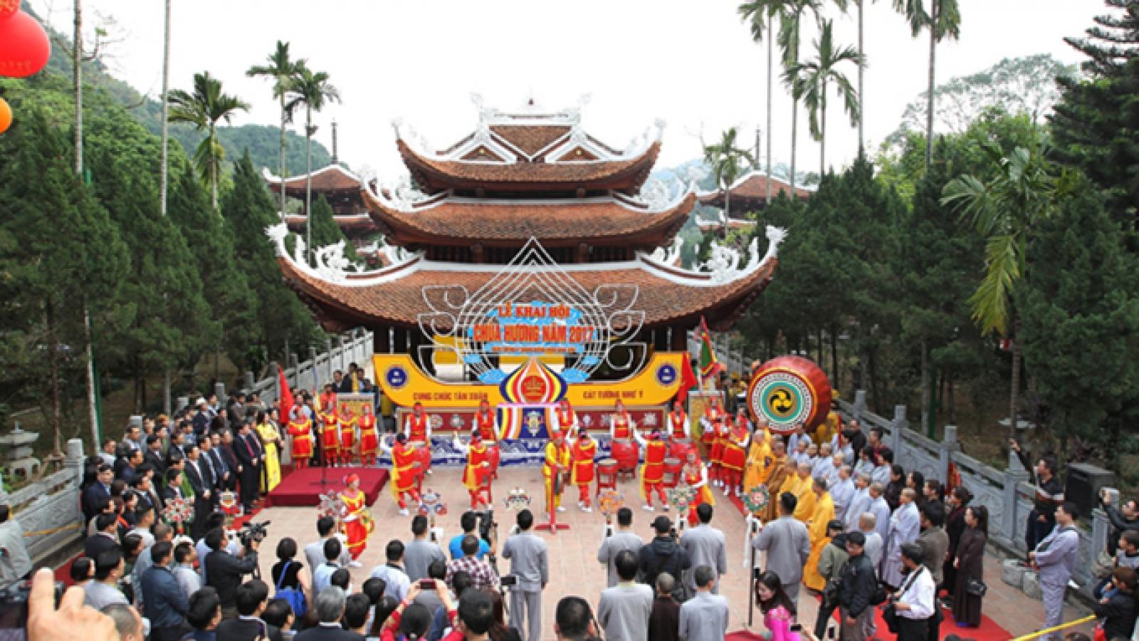 Không tổ chức lễ Khai hội Chùa Hương 2021