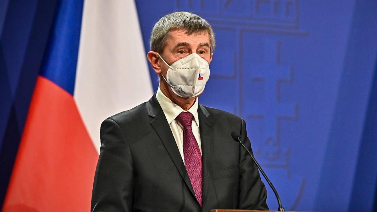 Séc phong tỏa toàn quốc trong 3 tuần để chống dịch Covid-19