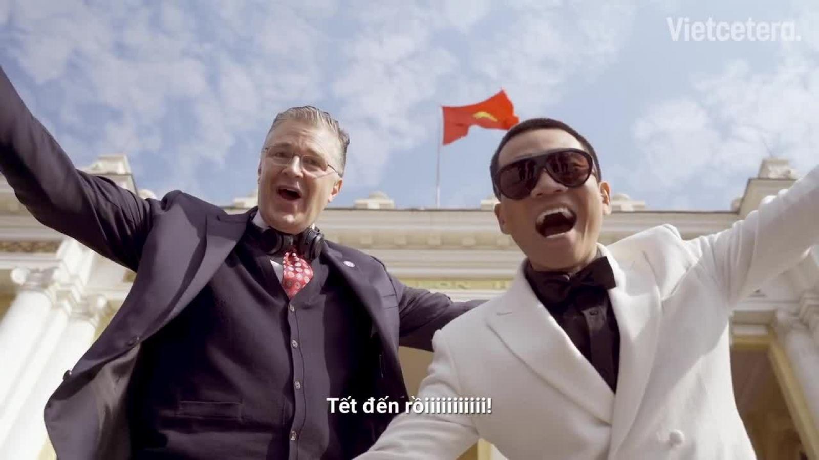 US Ambassador Kritenbrink extends Tet greetings through rap video