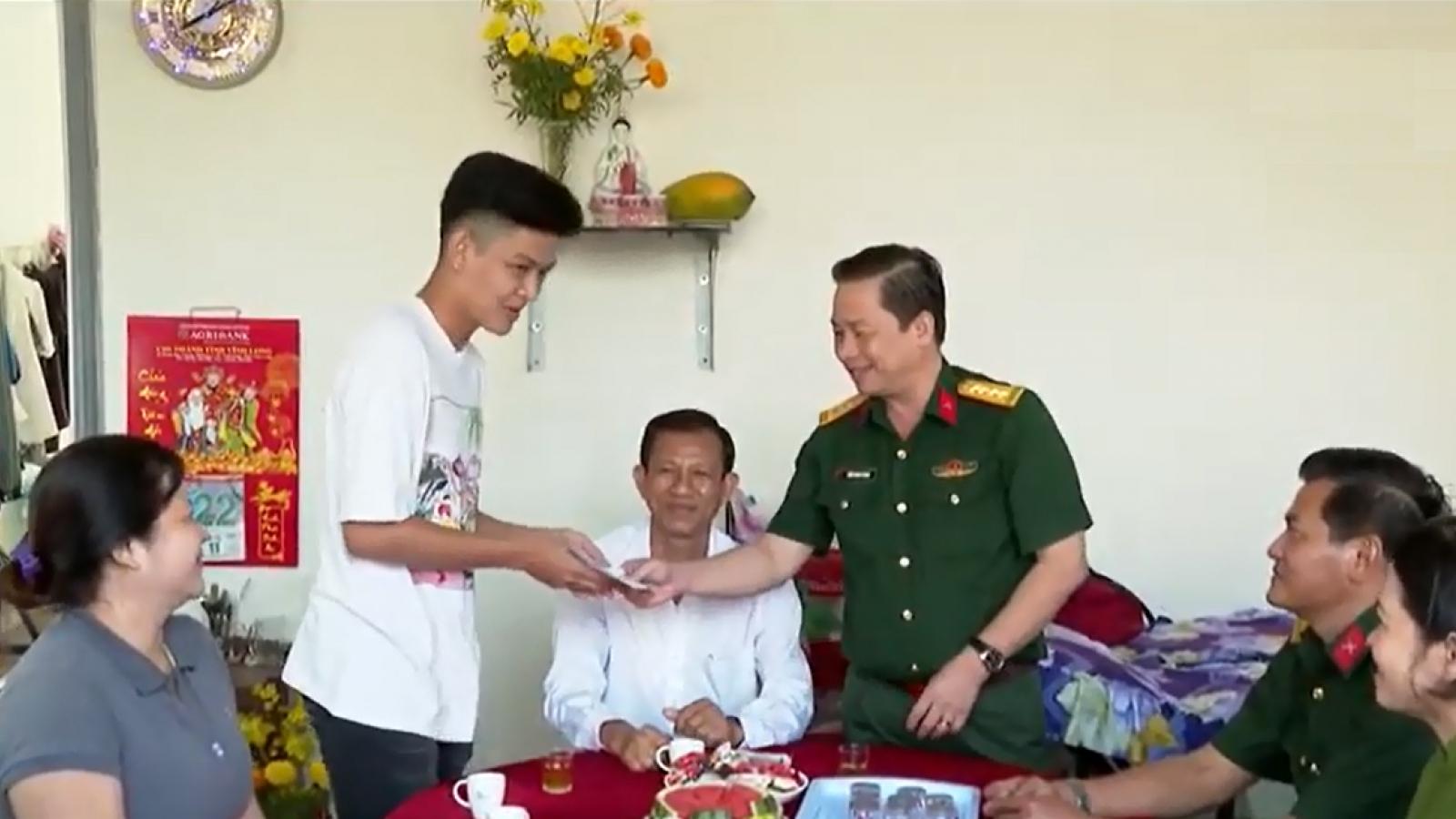 Hơn 1.100 thanh niên Vĩnh Long sẵn sàng lên đường nhập ngũ