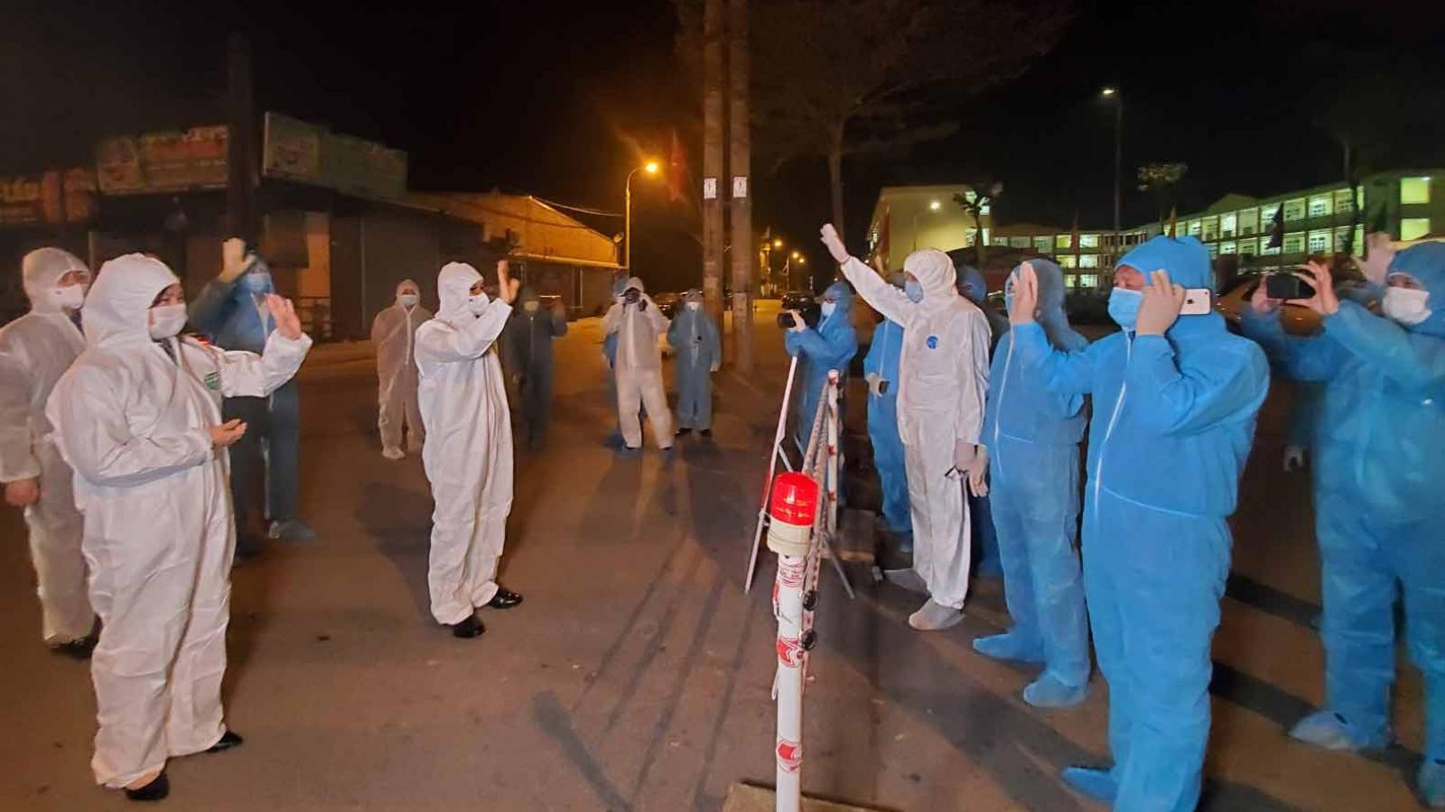 Thị xã Đông Triều sát dân, quyết tâm khoanh gọn ổ dịch
