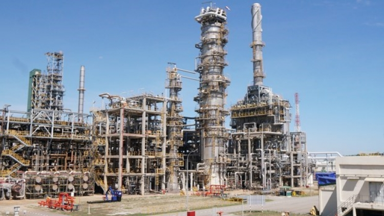 Dung Quat Oil Refinery operates at 108% of design capacity