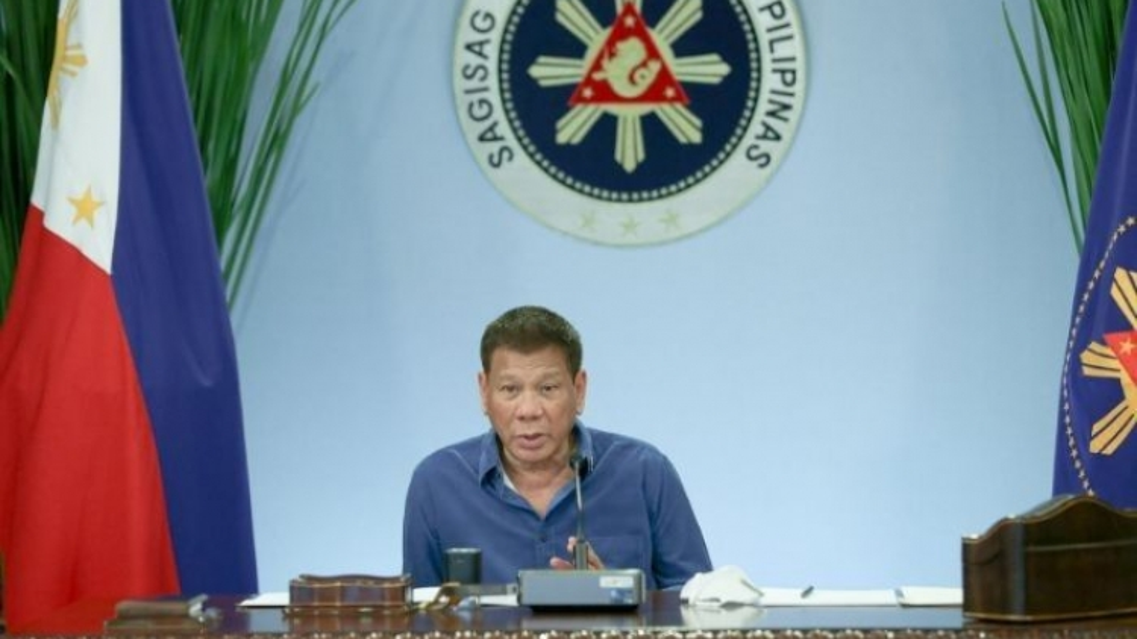 """Tổng thống Philippines cảnh báo Mỹ phải """"trả tiền"""" để duy trì thỏa thuận quân sự"""