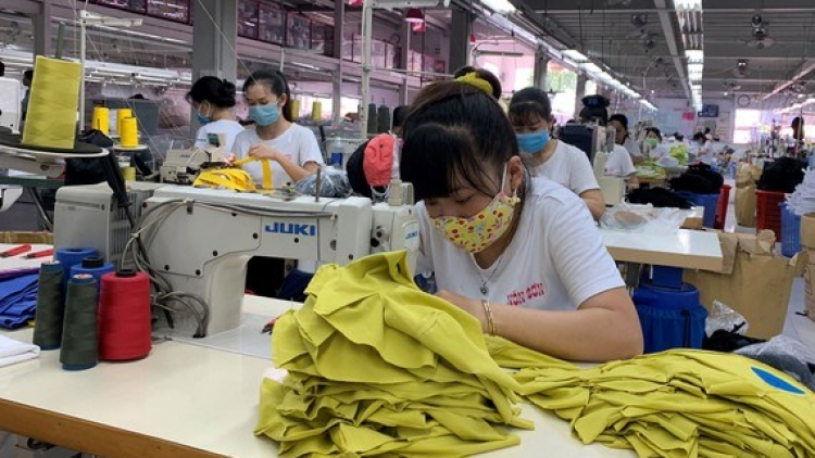 Factory workers ready to resume work after Tet
