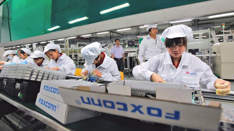 Foxconn recruits thousands of workers in Bac Ninh, Bac Giang