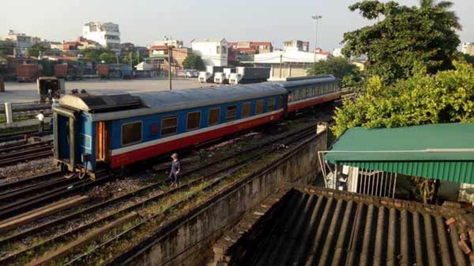 Gần 200 toa tàu hết niên hạn,ngành đường sắt bỏ đi hay xin hoán cải?