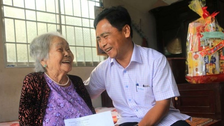 About 8.55 million disadvantaged people receive support to enjoy Tet