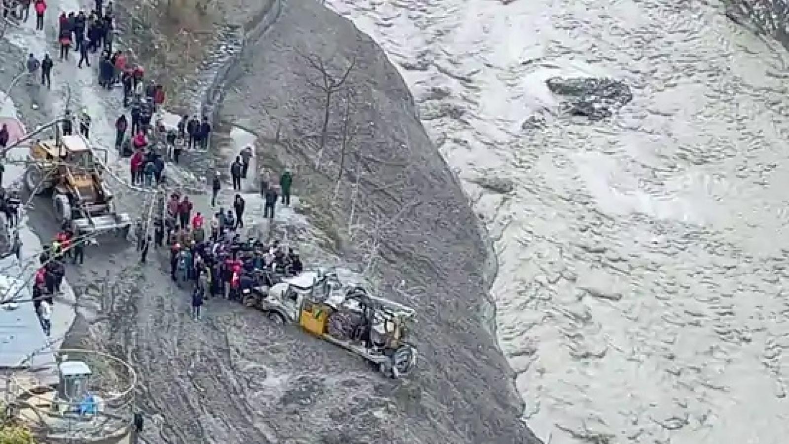 Thảm họa lũ quét do đứt gãy sông băng ở Ấn Độ: Nhân tai hay thiên tai?