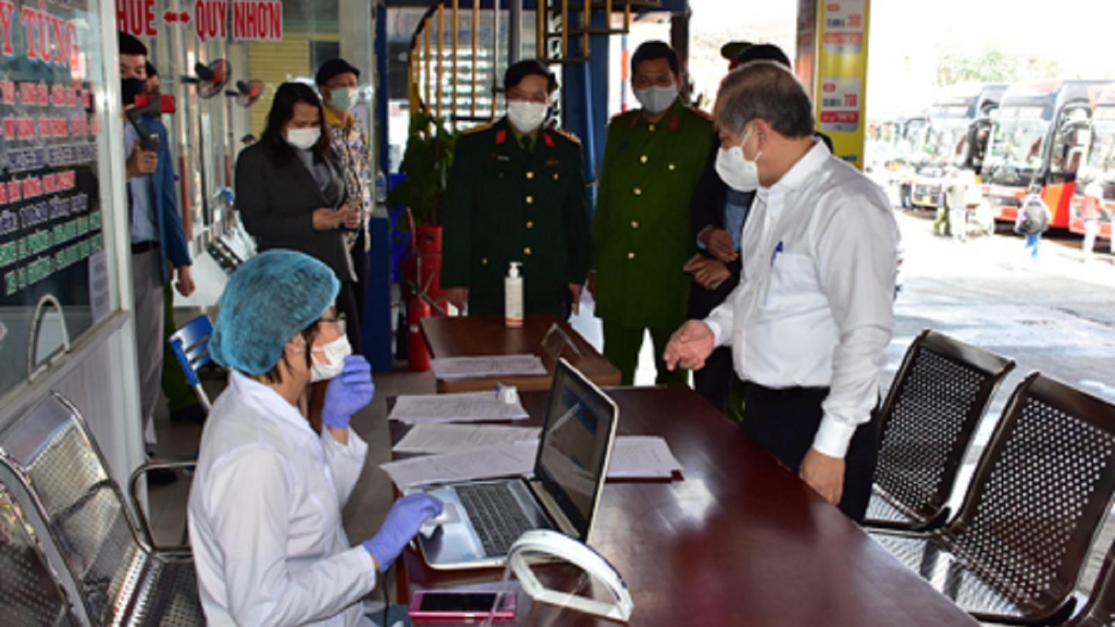 Thừa Thiên Huế xử phạt nghiêm những người không chấp hành quy định phòng dịch
