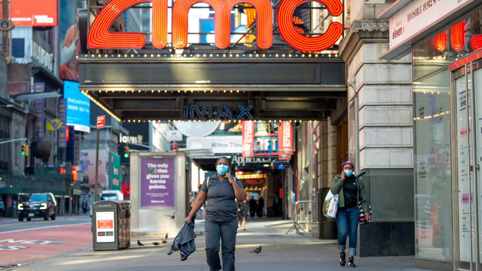 Rạp chiếu phim ở New York mở lại sau gần 1 năm